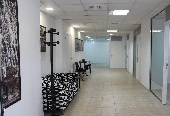 SE ALQUILA OFICINAS PARA DESPACHO EN ZONA DEL CENTRO DE ELCHE